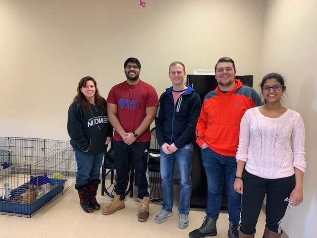 NEOMED students volunteering